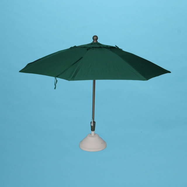7 1/2' x 8 fiberglass rib umbrella